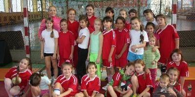 девушки 2002