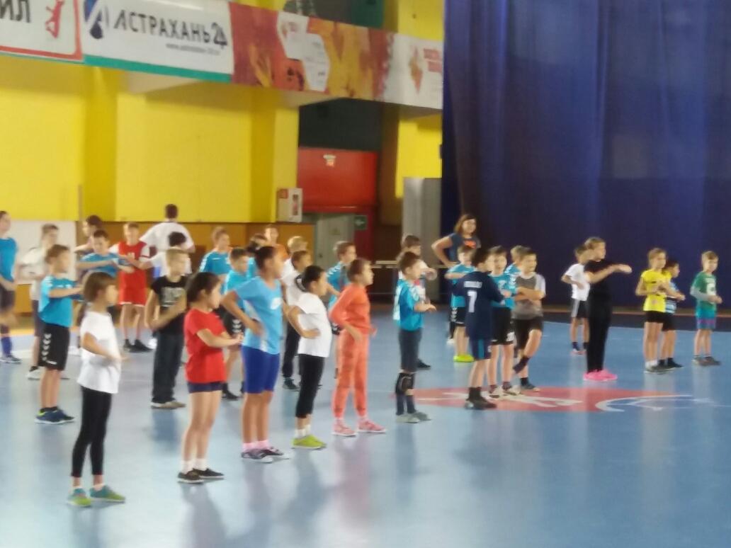 «Зарядка с чемпионом» среди мальчиков и девочек 2004 — 2006 г.р.