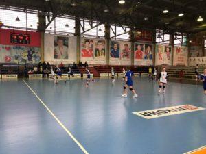Команда Астраханской области одержала очередную победу в полуфинале Первенства России по гандболу